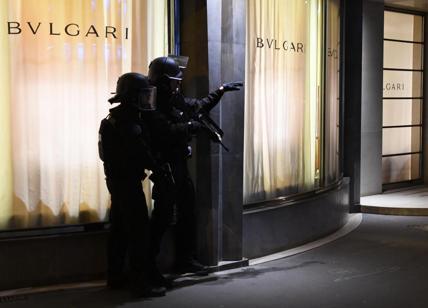 Attacco a Parigi, presunto complice si presenta a polizia di Anversa