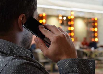 Elettrosmog: i ripetitori dei cellulari aumentano l'incidenza dei tumori. Lo studio shock