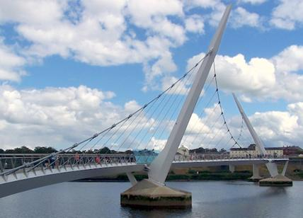 Il Peace Bridge di Londonderry?