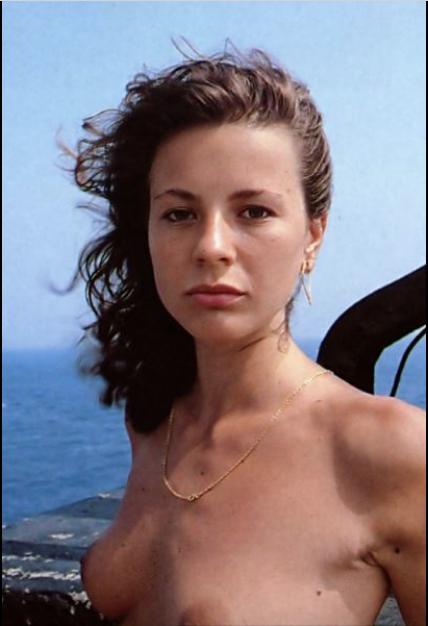 Antonella Elia Pechino Express Nuda Caporali