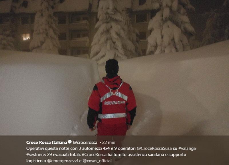 Slavina travolge condominio, paura a Sestriere: nessun ferito, 29 persone evacuate