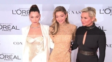 Le due Hadid e Kidman, il red carpet di Glamour Women of the Year