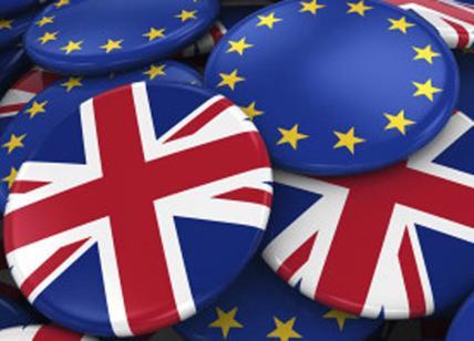 La Ue rigetta la proposta della May sui cittadini europei