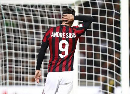 Milan  Andrè Silva ac193e312123