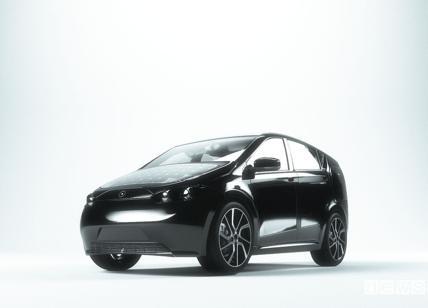 Sion, arriva in Italia l'auto elettrica e solare