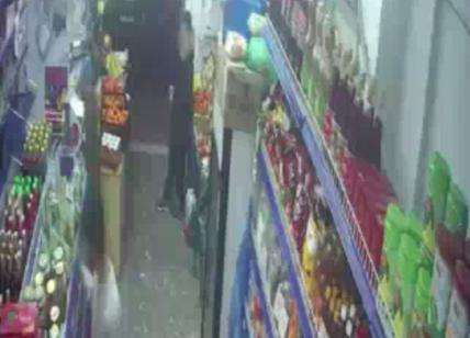 Ragazza uccisa da baby gang a Nottingham, indaga anche Procura di Roma