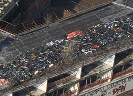 Sul tetto del capannone 400 biciclette rubate!