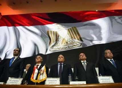 Al Sisi, plebiscito dimezzato. E Mattarella gli ricorda Regeni