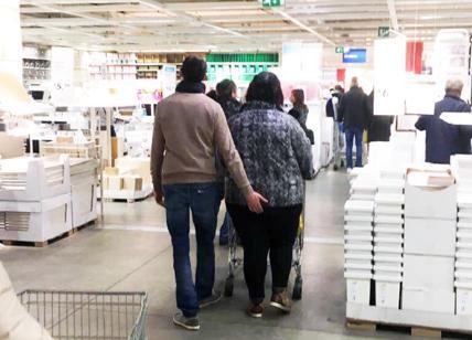 Credenza Alta Ikea : L amore ai tempi dell ikea altro che fuori saloneu affaritaliani