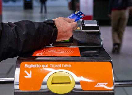 La metro? A Milano si paga al tornello con la carta
