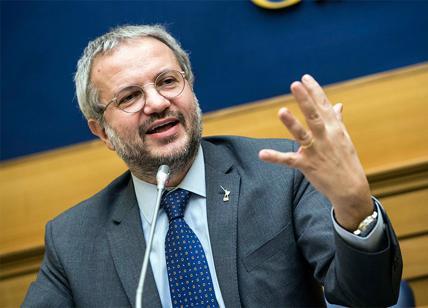 Borghi (Lega): Italia abbia sua moneta