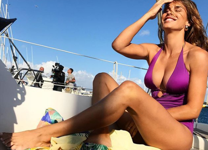 ELISABETTA CANALIS, weekend da single? Guardate com'è sensuale! Belen, Diletta.. Foto Vip