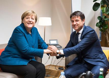 Angela Merkel avverte l'Italia: ogni Paese europeo sia responsabile della stabilità, le