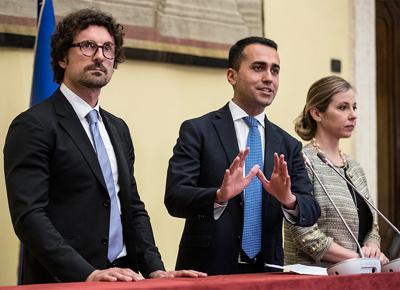 Mercati, spread sfonda quota 200: oggi Conte incontra Bankitalia
