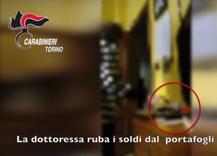 Torino, dottoressa ruba in casa dei pazienti: arrestata