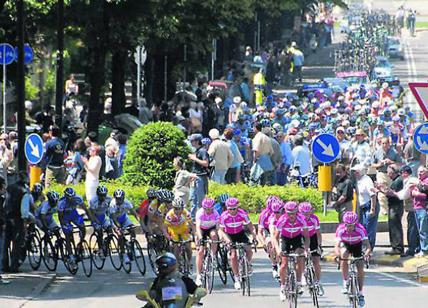 Giro d'Italia. Nibali memorabile. Carapaz festeggia la rosa