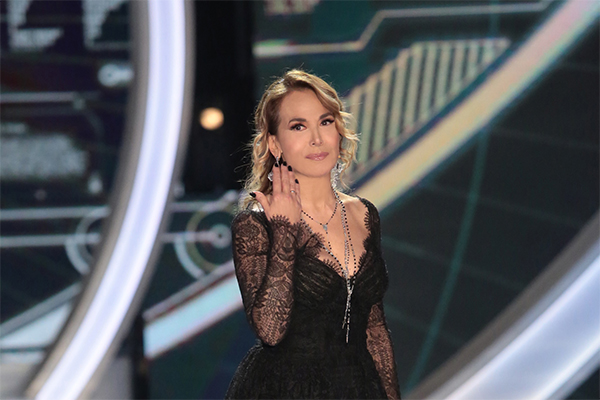 Angelo Sanzio attacca Simone Coccia Colaiuta in diretta al GF