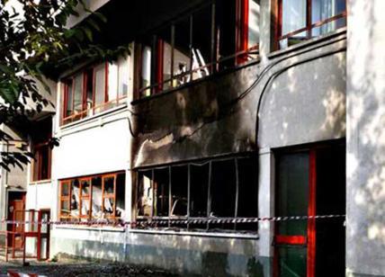 Roma: Incendi a Civitavecchia, arrestato un 15enne