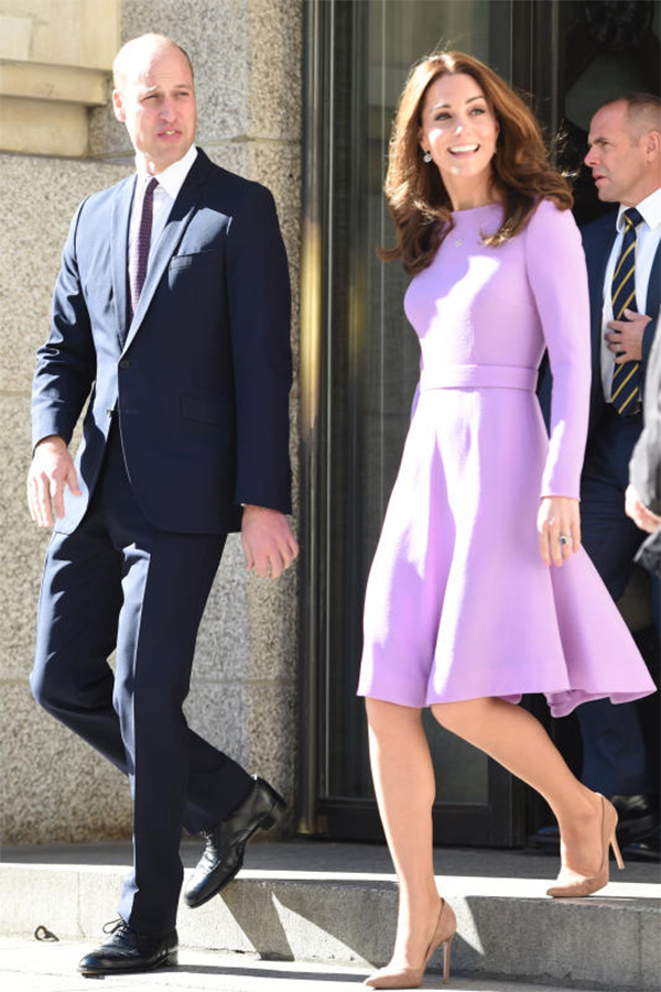 kate middleton abito viola 7