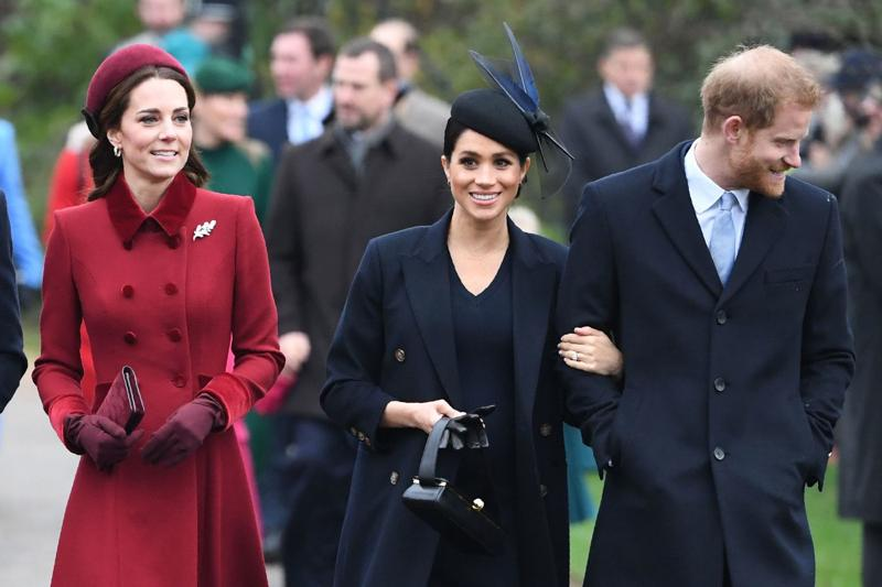 "Meghan Markle ""dispiaciuta"" per Kate Middleton: ecco perché. ROYAL FAMILY NEWS"