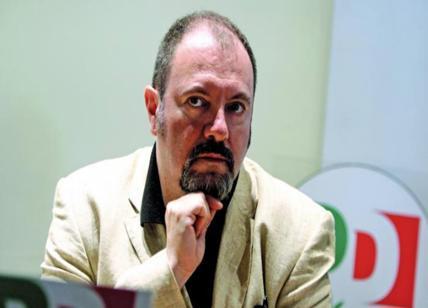 """Lucarelli, scrittore a """"servizio"""" Pd. E soldi della Regione Emilia-R. alla srl"""
