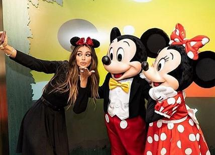 Mickey Mouse, at the party for the 90th birthday also the beautiful Madalina Ghenea. PHOTO
