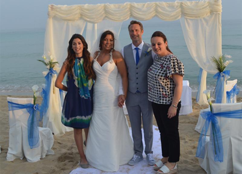 Matrimonio Spiaggia Salento : Salento a ugento celebrato il primo matrimonio in spiaggia