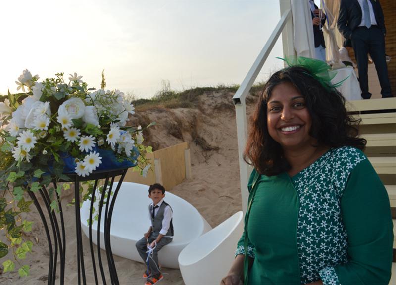 Matrimonio In Spiaggia Ugento : Salento a ugento celebrato il primo matrimonio in spiaggia foto