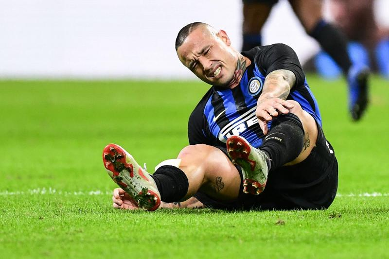 Inter: infortunio Nainggolan, derby a rischio