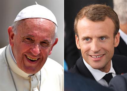 Macron incontra papa Francesco, colloquio di quasi un'ora