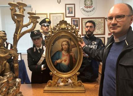 Roma, ritrovato quadro rubato in Chiesa Nuova. Denunciato un restauratore