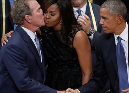 Strani Compagni Di Letto.Michelle Obama George W Bush L Odio Per Trump Crea Strani