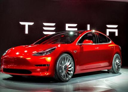 "Tesla sponsor dell'evento ""Deliver"" su logistica ed e-commerce a Londra"