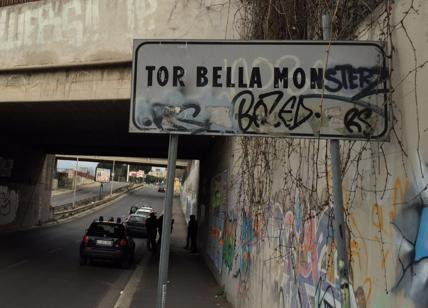 Tor Bella Monaca Far West, poliziotto accoltellato: è in gravi condizioni