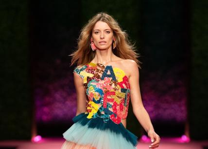 online store a5078 b97dd Elisabetta Franchi, collezione SS19: