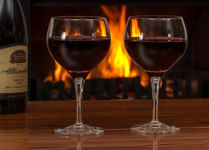 Risultati immagini per bicchiere di vino foto