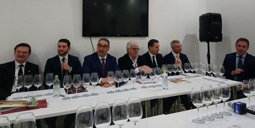 Vinitaly: in Puglia aumentano produttori di vino