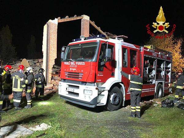 Esplode cascina Alessandria:tre vigili del fuoco morti. Ipotesi dolo - Affaritaliani.it