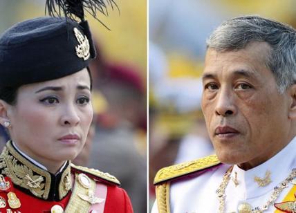 Thailandia, re Vajiralongkorn sposa la sua ex guardia del corpo Suthida