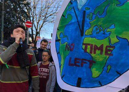 Firenze, Sos Amazzonia: protesta davanti al consolato del Brasile