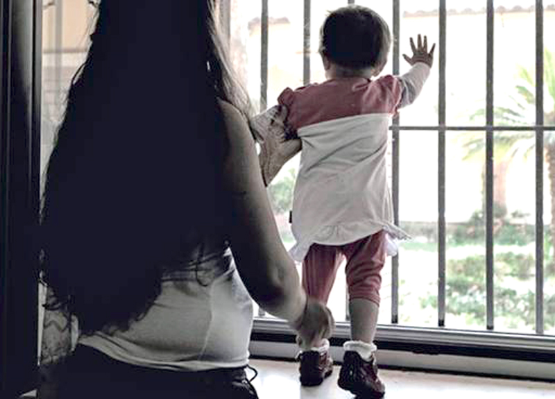 Bambini in carcere: in 52 crescono dietro le sbarre come se fosse ...