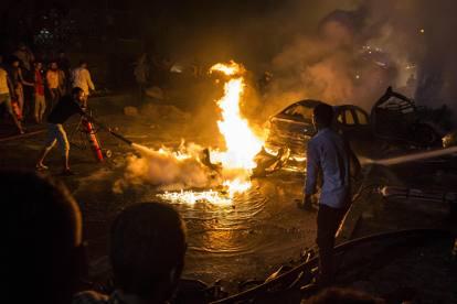 Egitto, auto contromano davanti ospedale al Cairo: almeno diciannove i morti