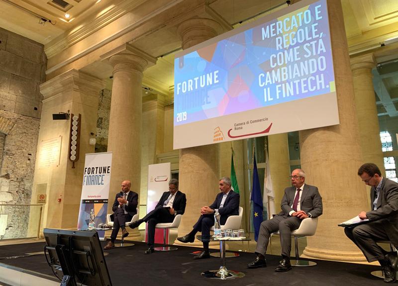 Fintech: un mondo in divenire tra pagamenti digitali e open innovation