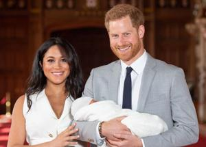 ROYAL BABY VALE 100 MILIONI il figlio di Meghan Markle e Harry ROYAL BABY NEWS