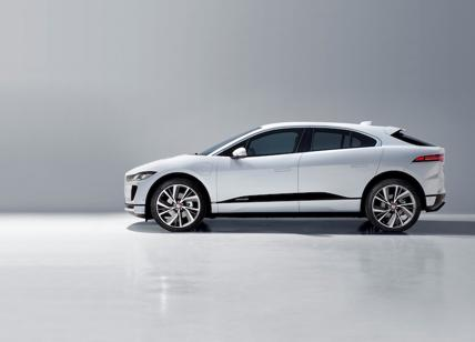 "La Jaguar I-Pace eletta ""Golden Steering Wheel"" come miglior suv"