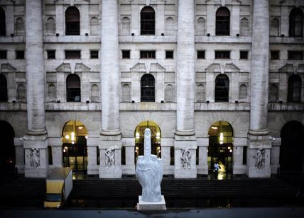 Borsa: Milano conclude l'anno con il Ftse Mib a -1,06%