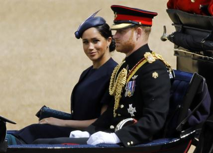 Royal Family: MEGHAN MARKLE E IL MISTERO DELL'ANELLO. Royal family news