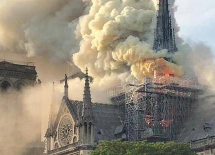 Notre-Dame: appello di 1.000 a Macron, 'agire senza fretta'