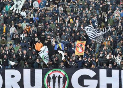 Estorsione alla Juventus e biglietti facili, 12 misure cautelari per gli ultras