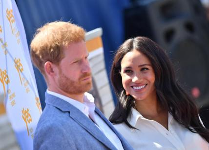 "Meghan e Harry in tv, super intervista: ""Regina Elisabetta? Vi sveliamo che.."""